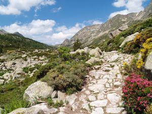 Des sommets culminant à prés de 3000m
